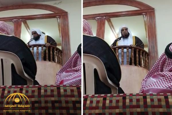 """بالفيديو .. أقصر خطبة جمعة في أحد مساجد الأحساء """"دقيقة ونصف"""""""