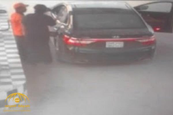 شرطة الرياض تكشف تفاصيل القبض على 7 سعوديين تخصصوا في سرقة المركبات وخطف العمالة – فيديو