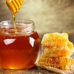 """معلومة خطيرة عن """"العسل"""" توصل إليها العلماء.. قد تجعلك تعيد النظر في أكلتك المفضلة!"""