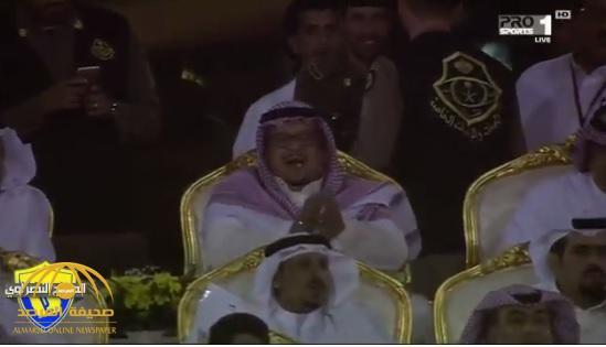لأول مرة منذ توليه رئاسة النادي .. شاهد فيصل بن تركي يتابع مباراة النصر من المنصة