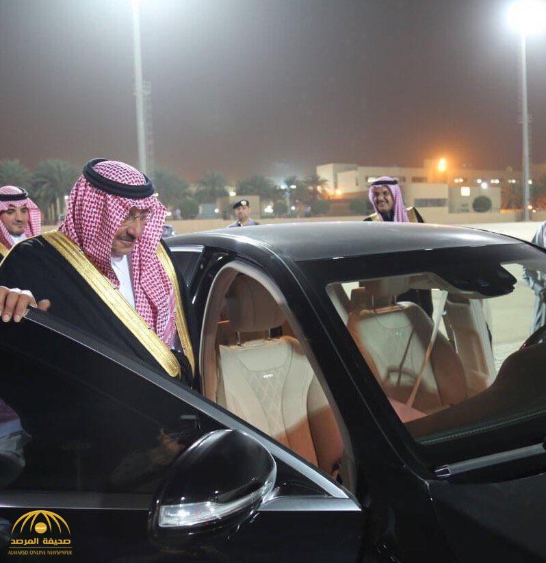 شاهد .. لحظة وصول الأمير محمد بن نايف للرياض قادماً من جدة وبصحبته حفيده