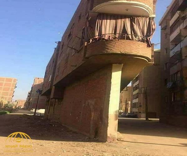 في مصر فقط  .. شاهد .. ازاي تبني عمارة من غير ما يكون عندك أرض تبني عليها!