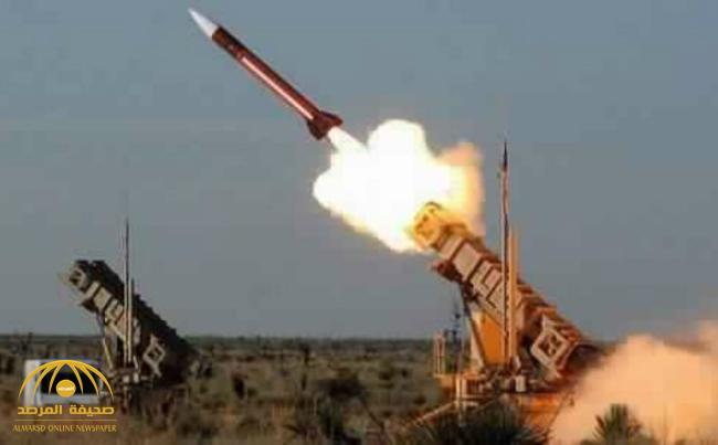 """بيان: قوات الدفاع الجوي تدمر صاروخ """"سكود"""" استهدف خميس مشيط"""