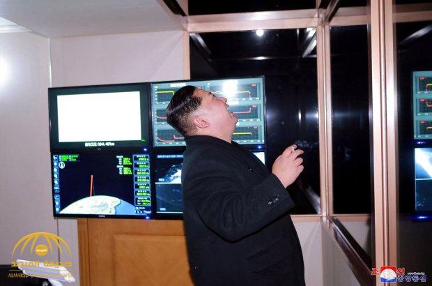 بعد إطلاق صاروخ باليستي عابر للقارات.. شاهد .. ضحكات جنونية لزعيم كوريا الشمالية تثير قلق أمريكا!