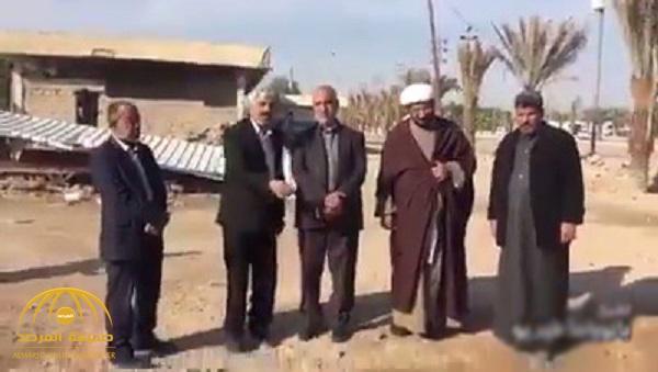 شاهد .. عراقيون شيعة يحولون مكان وضوء الخميني في البصرة إلى مزارا مقدسا