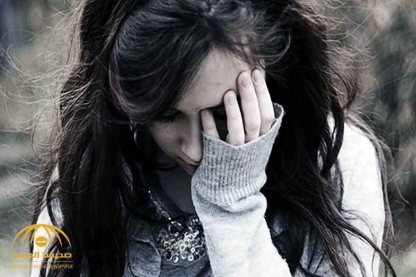 بسبب زوجة والدها.. فتاة تروي قصة احتجازها في شقة وإجبارها على ممارسة الدعارة!