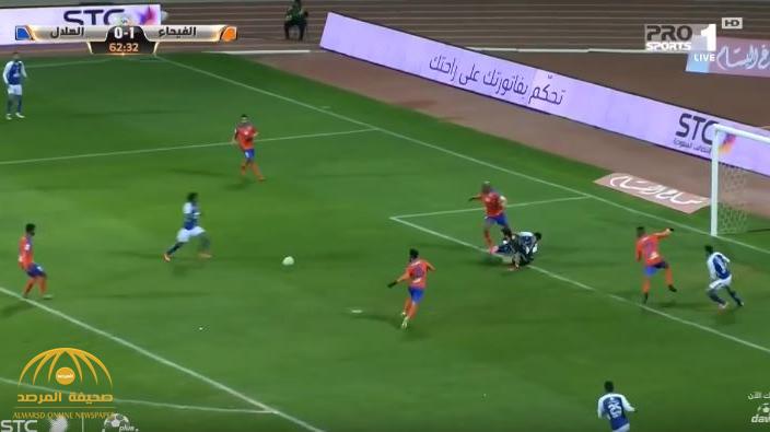 بالفيديو : لأول مرة منذ 30 مباراة .. الفيحاء يسقط الهلال بهدفين