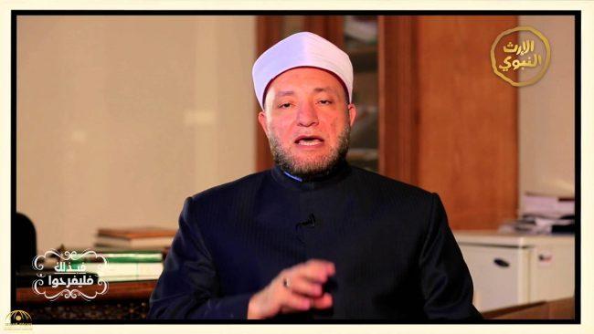 """بالفيديو..كيف رأت """"الإفتاء المصرية"""" احتفالات المسلمين بأعياد الميلاد!"""