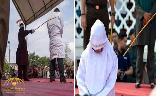 """قد يكون مؤشرا  للرغبة في """"ممارسة الفاحشة"""" .. جلد عروسين  بتهمة  """"التودد """" قبل الزواج في إندونيسيا"""