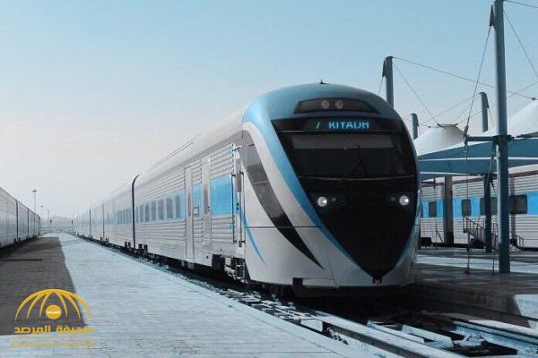 الخطوط الحديدية تكشف ملابسات اصطدام قطار بسيارة على خط الرياض – الهفوف وانقلابها