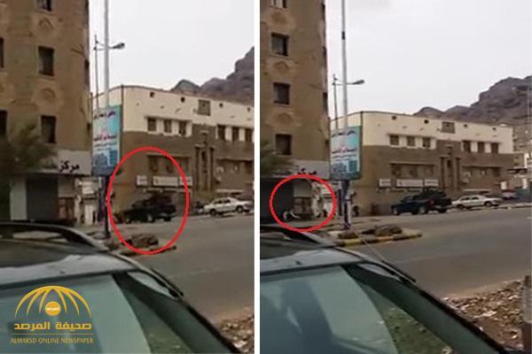 بالفيديو .. اشتباكات عنيفة بالقرب من القصر الرئاسي في عدن