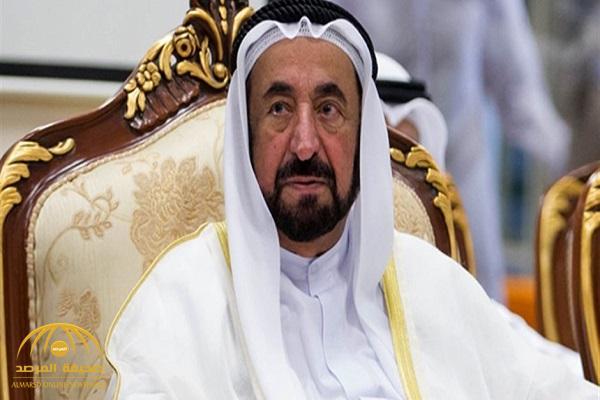 بالفيديو .. حاكم الشارقة يؤذن لصلاة الفجر في المسجد