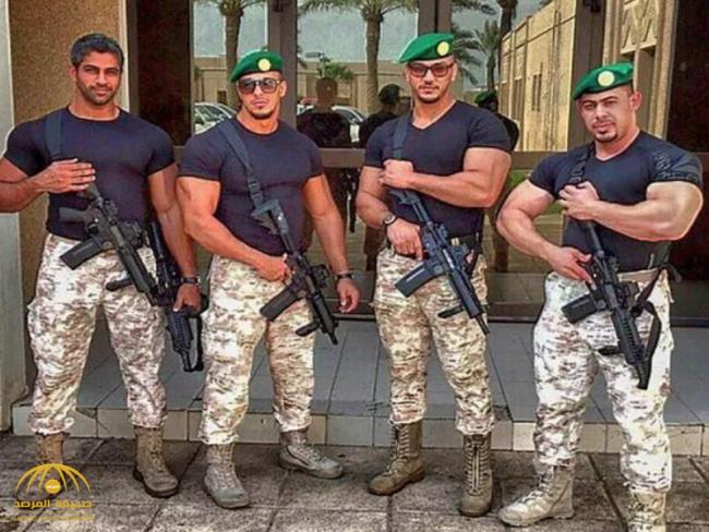 """ما هي كتيبة """"السيف الأجرب"""" التي قبضت على الأمراء الذين تجمهروا أمام قصر الحكم.. ولمن تتبع.. وكم عدد أفرادها؟! – فيديو"""