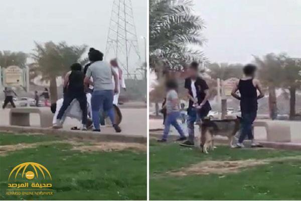 """""""شرطة المدينة"""" تضبط المتهمين بترويع المواطنين بالكلاب في ممشى حي الهجرة.. وتكشف عن هويتهم!"""