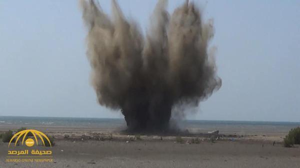 شاهد .. لحظة تفجير ألغام بحرية زرعها الحوثيون قبالة ميدي