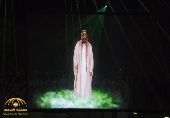 شاهد:ردة فعل الملك سلمان لحظة رؤيته مشهد للملك عبدالعزيز بمهرجان الجنادرية -صور