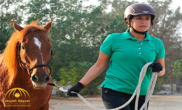 """بالصور .. أول """"سعودية"""" تعمل في ترويض وتدريب الخيول تروي تجربتها.. وهذا ما قالته عن قصة مؤلمة شاهدتها بعينها !"""