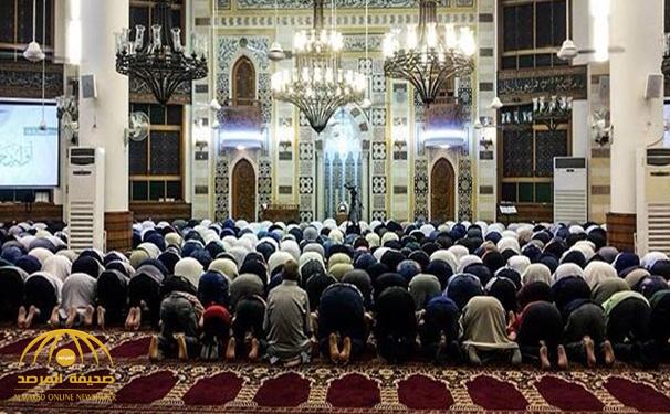 """تشاركا في المحراب وتجاورا في القبر .. قصة """"وفاة"""" إمام مسجد في الرس ومؤذنه بنفس التوقيت !"""