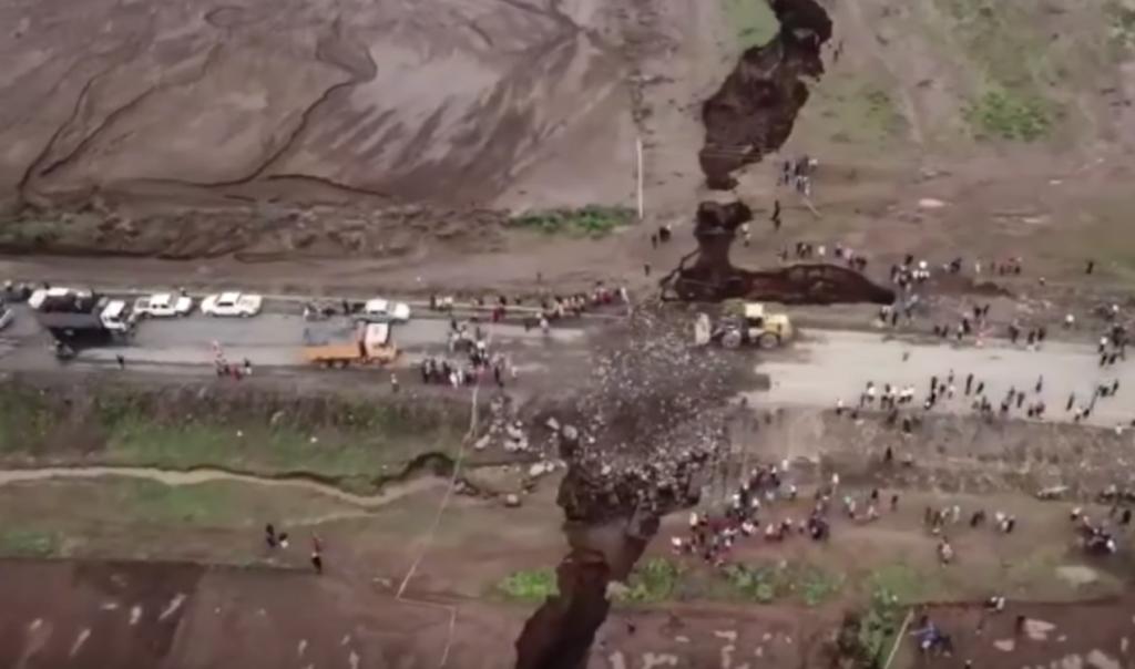 بالفيديو: زلزال يشقّ إفريقيا نصفين