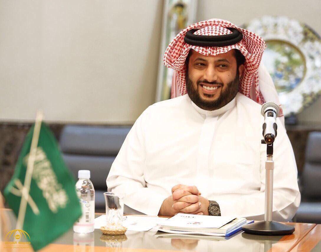 """""""آل الشيخ"""" يُشعل """"تويتر"""" باستفتاء محير.. عدد المصوتين يعكس أهميته.. وهكذا فسره محللون"""