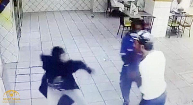 """كشف تفاصيل جديدة عن واقعة التحرش بفتاة """"النينجا"""" داخل مطعم في جدة.. والشاب يوضح حقيقة ما حصل"""