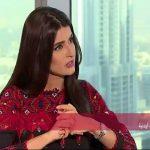 """بالفيديو : إعلامي يصف علا الفارس بـ""""الكلبة"""""""