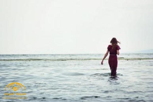 في ظروف غامضة.. اختفاء فتاة أثناء ممارستها السباحة في بحر تبوك!