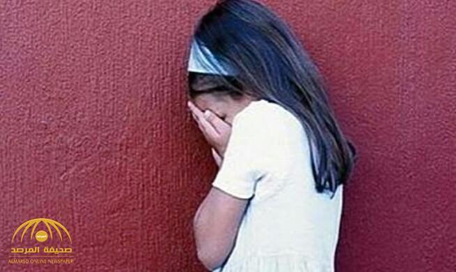 مجهول يتحرش بطفلة في مول شهير بجدة ويفر هاربا ووالدتها تروي ما حصل مع ابنتها!