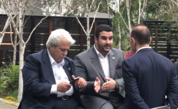 """شاهد .. صورة تجمع  """"خالد بن سلمان"""" مع وزيرين في مكان عام  تثير اهتمام مواقع التواصل"""