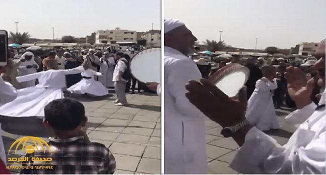 """أول تعليق لـ""""الشؤون الإسلامية"""" على مقطع """"الرقص وقرع الطبول"""" أمام مسجد قباء!"""