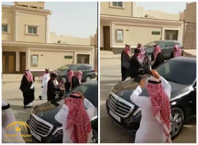 بالفيديو : ولي العهد يزور الشيخ صالح الفوزان