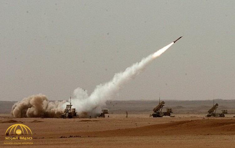 قوات الدفاع الجوي تعترض 4 صواريخ باليستية أطلقتها المليشيات الحوثية المدعومة من إيران على جازان