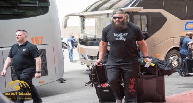بالصور : وصول نجوم WWE إلى جدة للمشاركة في الرويال رامبل