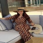 """شاهد.. إطلالة جديدة لـ """" لجين عمران"""" على شواطئ دبي تشعل مواقع التواصل"""