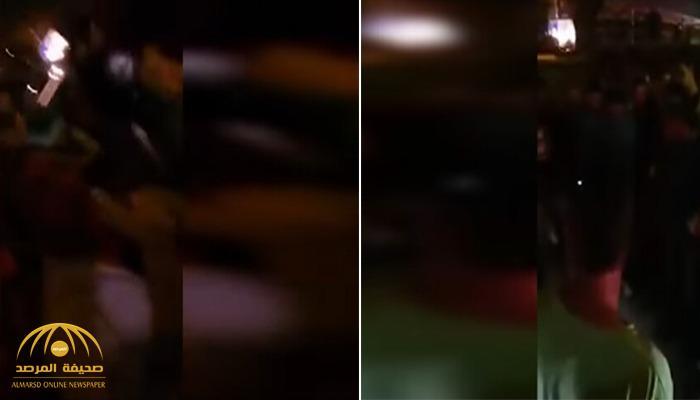 """بعدما هتك عرض ابنته القاصر.. بالفيديو: مصري يطعن شاب بسكين ويقول:"""" شفيت غليلي وأنا شايفه سايح في دمه"""""""