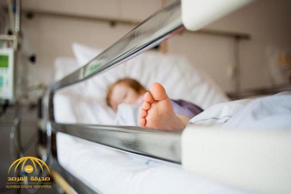 """صارعت الموت 20 دقيقة.. """" أب"""" يتهم أطباء مستشفى الطوال بالتسبب في وفاة طفلته.. ومتحدث """"الصحة"""" يعلق!"""