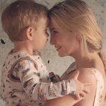 صورة إيفانكا مع ابنها تفجر غضب الأميركيين