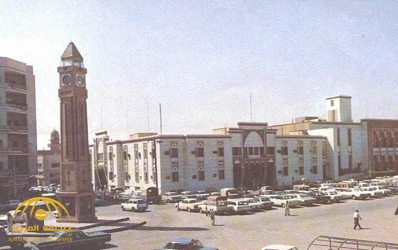 «العاصوف» يعيد أهالي الرياض إلى السبعينيات.. وهذه قصة ساعة «بيغ بن السعودية»