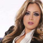 """بالفيديو .. ضرب الفنانة """"ريم البارودي""""  في الشارع أثناء  تنفيذها """"مقلباً رمضانياً""""!"""