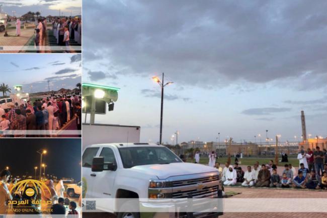 شاهد .. مصليات متنقلة لهيئة الأمر بالمعروف أمام مسجد بـ«سكاكا» تُثير الجدل على «تويتر»