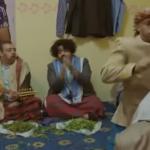 """بالفيديو .. شاهد  الفنان الكويتي """"حسن البلام """" في حلقة ساخرة عن اليمنيين في مسلسل """"بلوك غشمرة"""""""
