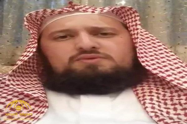 """شاهد .. داعية سعودي  يحلق لحيته """"ملط"""" بسبب السماح للمرأة بقيادة السيارة !"""