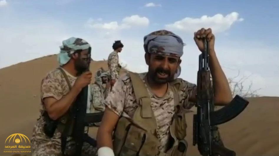شاهد : آخر فيديو للعقيد أحمد العقيلي قبل استشهاده بلغم أرضي في البيضاء .. وهذا ما أوصى به الجنود