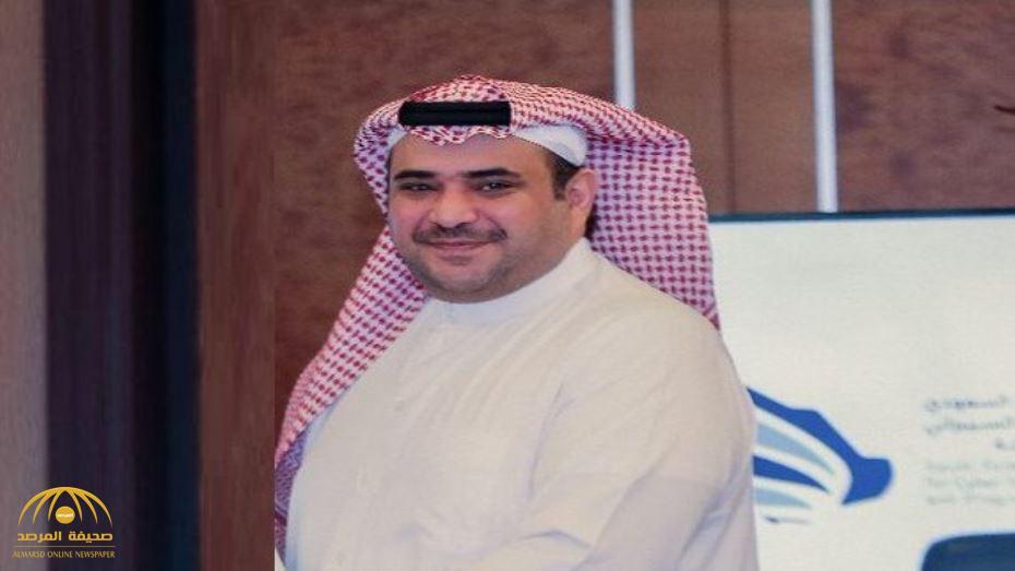 """من هو الكاتب والشاعر """"سعود القحطاني"""" الذي أصبح مصدر قلق لأعداء المملكة ؟ – فيديو"""
