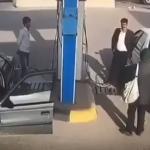 شاهد.. كيف نجت عائلة من حادث مروع داخل محطة وقود