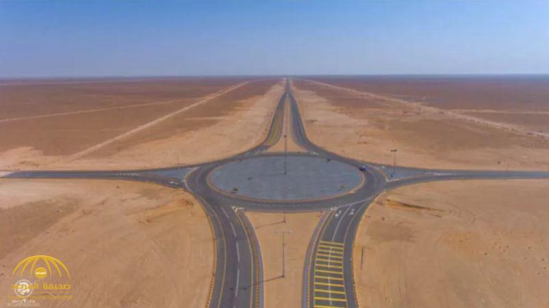"""الكشف عن تفاصيل أكبر مشروع هندسي يربط بين المملكة وعمان عبر الصحراء.. ولهذا وصف بـ""""الأعجوبة"""""""