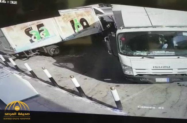 """محقق يكتشف خديعة  وافدين  للحصول على مبلغ التأمين بالرياض .. """"افتعلا حادثاً مرورياً ولم يكن في حسبانهما هذا الأمر""""-صور و فيديو"""
