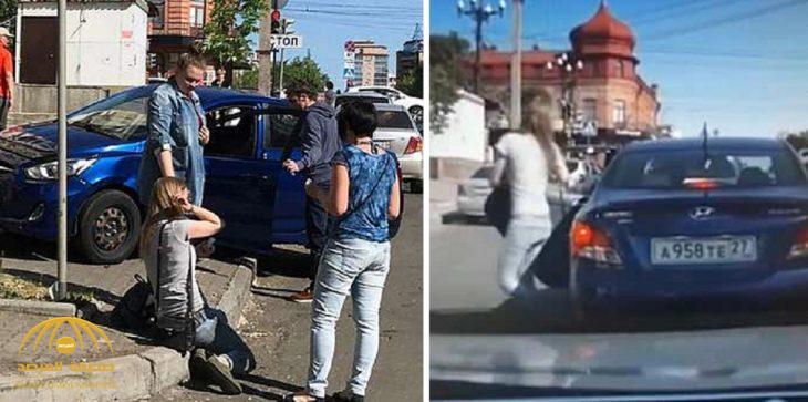 شاهد .. ردة  فعل سائق طلبت منه زوجته الطلاق داخل السيارة!