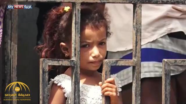 بعد فرارهم من مطار الحديدة .. الحوثيون يهاجمون الأحياء السكنية ويتخذون المدنيين دروعاً بشرية