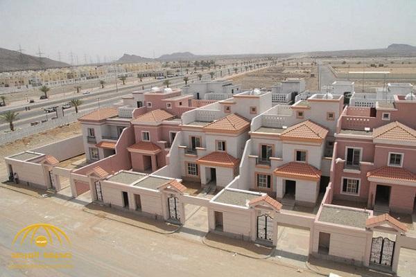 """مصادر بـ""""الإسكان"""" تكشف عن موعد العمل بـ""""العقد التجاري الموحد""""!"""